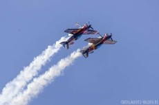 "Formationskunstflug ""Flying Bulls Aerobatic Team"""